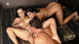 Liza and Jasmine`s hot threesome